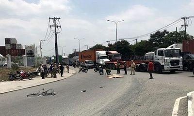Tin tai nạn giao thông mới nhất ngày 22/4/2020: Truy tìm ô tô cán tử vong nữ công nhân rồi bỏ chạy