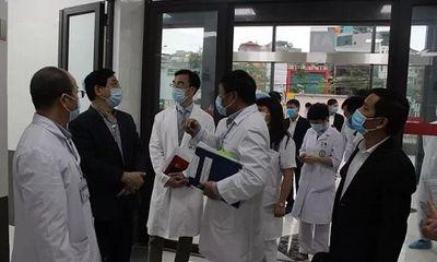 Bệnh viện Bạch Mai thận trọng từng bước khôi phục công tác khám, chữa bệnh