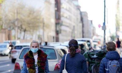 Hơn 150.000 ca nhiễm Covid-19, Đức bắt buộc người dân đeo khẩu trang