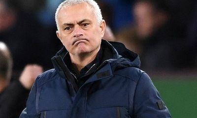 Morinho đang muốn đưa Raul Jimenez và Issa Diop về Tottenham