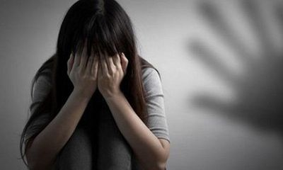 Gã thanh niên 20 tuổi xâm hại tình dục 2 bé gái ở miền Tây