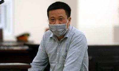 Cựu chủ tịch OceanBank Hà Văn Thắm hầu toà trong vụ án thứ ba