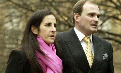 Cuộc sống vợ chồng bị cáo buộc sử dụng tiếng ho để gian lận 1 triệu bảng Anh trong Ai là triệu phú giờ ra sao?