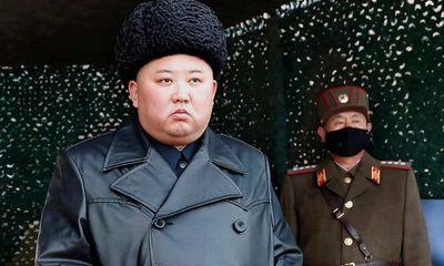 Ông Kim Jong-un bất ngờ xuất hiện giữa những đồn đoán về sức khỏe