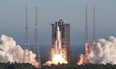 Trung Quốc phóng thành công tên lửa vận tải Long March-5B