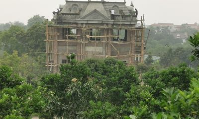 Ba Vì (Hà Nội): Hàng chục công trình khủng xây trái phép trên đồi Hoàng Long