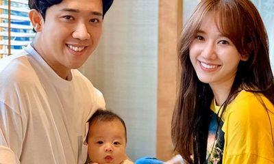 Trấn Thành - Hari Won khoe ảnh chụp cùng cháu, dân tình vào giục sinh em bé