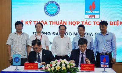 Viện Dầu khí Việt Nam ký thỏa thuận hợp tác toàn diện với Đại học Mỏ - Địa chất