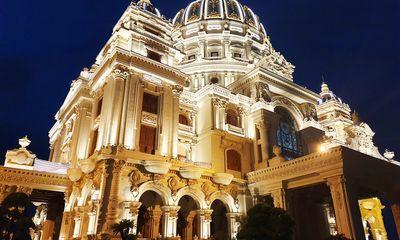 Cận cảnh tòa lâu đài mạ vàng của đại gia Ninh Bình: Cao bằng tòa nhà 18 tầng, đầu tư hàng nghìn tỷ đồng