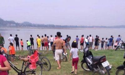 Ra sông Hồng tắm, 2 nữ sinh Hà Nội đuối nước thương tâm