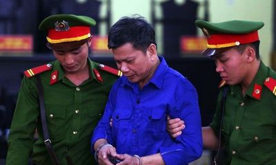 Vụ gian lận điểm thi THPT quốc gia ở Sơn La: 12 bị cáo hầu tòa