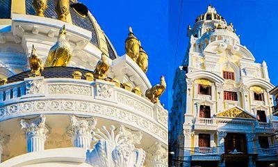 Lâu đài gà vàng 15 triệu USD của đại gia buôn sắt bên sông Tô Lịch