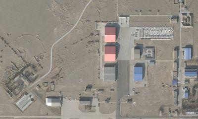 Có gì trong căn cứ quân sự khổng lồ của không quân Trung Quốc trên sa mạc Gobi?