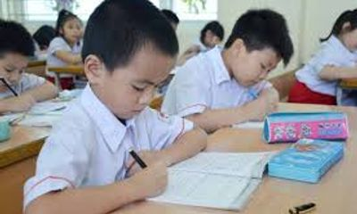"""Tranh luận dự thảo cho học sinh """"vượt lớp"""": Chạy nhanh, nhưng không vấp ngã"""