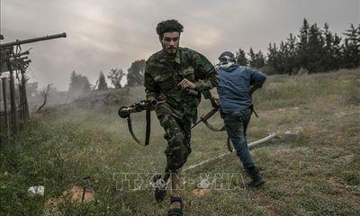 Tin tức quân sự mới nóng nhất ngày 24/5: GNA giành quyền kiểm soát 3 doanh trại tại Tripoli