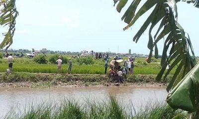 Thanh Hóa: Đi mò cua, 2 chị em ruột đuối nước thương tâm