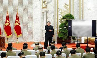 Ông Kim Jong-un thăng hàm cho các sĩ quan hạt nhân