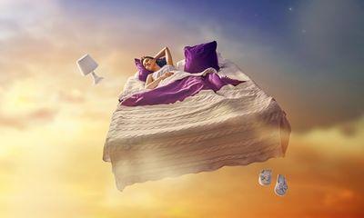 Tưởng đáng sợ, nhưng 5 giấc mơ này lại đem đến vận may tiền bạc và thành công cho bạn