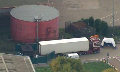 Vụ 39 thi thể trong xe tải ở Anh: Pháp buộc tội 13 nghi phạm liên quan