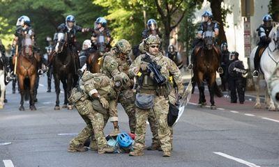 Lầu Năm Góc điều động quân đội đến thủ đô giữa bạo loạn leo thang