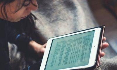 Nữ sinh 14 tuổi tự tử vì không có thiết bị học trực tuyến