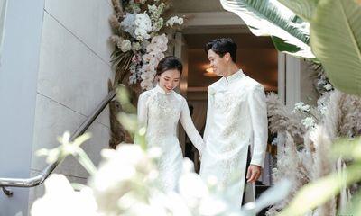 Công Phượng - Viên Minh tung bộ ảnh đính hôn siêu đẹp và lãng mạn