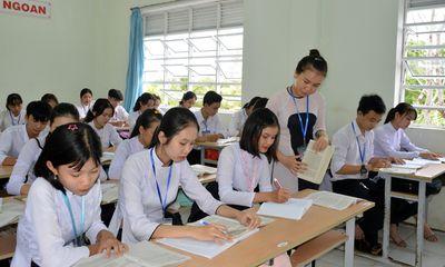 Dùng cải lương dạy truyện Kiều, cô giáo trẻ được Chủ tịch UBND tỉnh tặng bằng khen