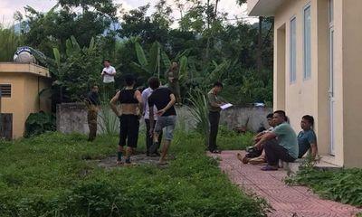 Rợn người phát hiện thi thể người đàn ông trong khu nhà hoang ở Hòa Bình