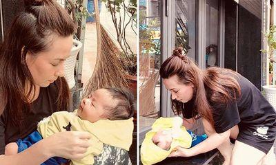 Phi Nhung nhận em bé bị bỏ rơi trước cửa nhà làm con nuôi thứ 23