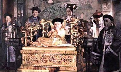 Vị Hoàng đế nhà Thanh đoản mệnh nhất, cả cuộc đời bi thương dưới quyền lực của người mẹ