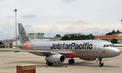 Qantas rút hết cổ phần, Jetstar Pacific bị