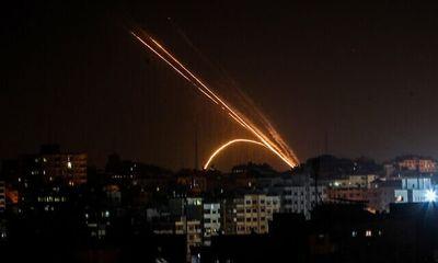 Israel dùng chiến đấu cơ, xe tăng tấn công loạt vị trí của Hamas tại Dải Gaza
