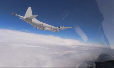Tin tức quân sự mới nóng nhất ngày 16/6: Tiêm kích Nga Su-27 chặn oanh tạc cơ Mỹ