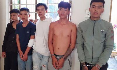 Nhóm côn đồ lao vào bệnh viện hành hung Trung úy CSGT