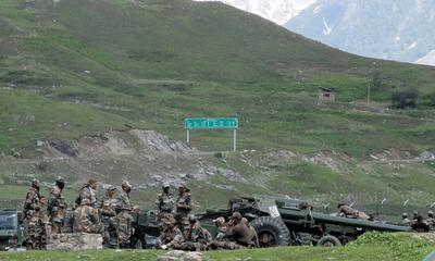 """Trung Quốc """"thổi lửa"""" tranh chấp với Ấn Độ qua tuyên bố chủ quyền với thung lũng Galwan"""