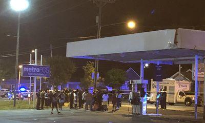 Mỹ: Nổ súng ngay bữa tiệc mừng Ngày tự do, 9 người thương vong