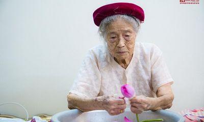 """Bí mật về """"Thiên cổ đệ nhất trà"""" và bí quyết của cụ bà gần 100 tuổi"""