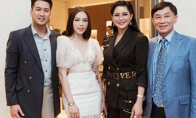 """Phillip Nguyễn tung ảnh tình tứ bên Linh Rin, khẳng định """"gương vỡ lại lành"""" nhưng dòng chữ mới đáng chú ý"""