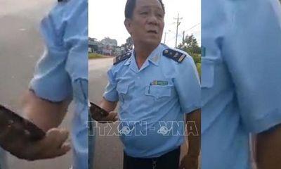 Tạm đình chỉ công tác Phó Chi cục trưởng Hải quan Bình Phước nghi say xỉn gây tai nạn rồi bỏ trốn