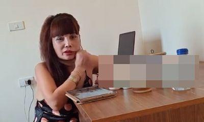 Hoang mang với chiếc miệng méo xệch của cô dâu 62 tuổi sau phẫu thuật kéo căng da mặt