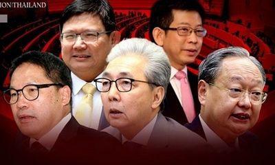 Phó thủ tướng Thái Lan cùng 3 bộ trưởng phụ trách kinh tế từ chức