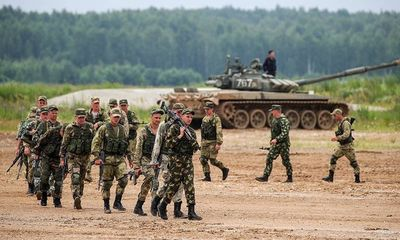 Tổng thống Putin kiểm tra đột xuất quân đội, 149.755 binh sĩ Nga tham dự