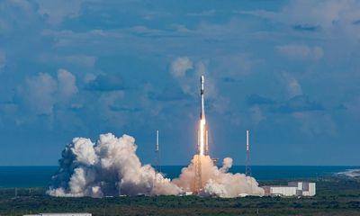 Hàn Quốc phóng thành vệ tinh quân sự đầu tiên vào không gian