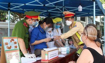 Video: Hơn 400 sinh viên Y khoa Đà Nẵng tình nguyện chống dịch Covid-19