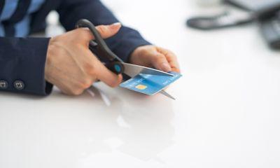 Cảnh báo các hình thức gian lận khoản vay & thẻ tín dụng