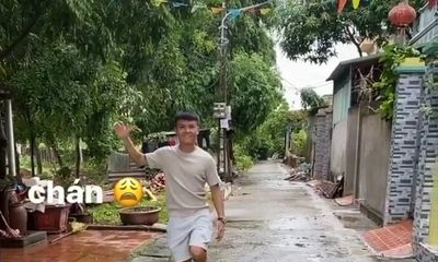Tung clip cực đáng yêu về Quang Hải, Huỳnh Anh đang ngầm khoe tình cảm ngày càng ngọt sau ồn ào?