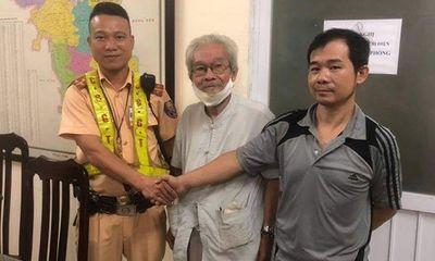 CSGT Hà Nội giúp cụ ông 85 tuổi đi lạc hơn 10km về với gia đình