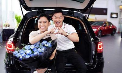 Tin tức giải trí mới nhất ngày 6/8/2020: Don Nguyễn được bạn trai tặng xế hộp kỷ niệm 10 năm yêu nhau