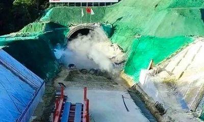 Video: Cận cảnh Trung Quốc xây hầm đường sắt vượt biển, tốc độ 350 km/h