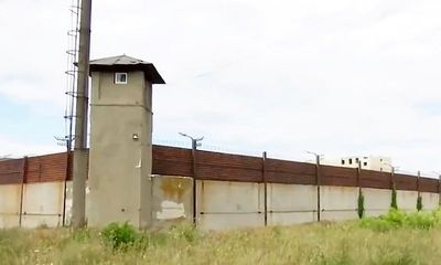 Bà mẹ 51 tuổi đối mặt với án tù vì đào đường hầm giúp con trốn chạy khỏi tù giam